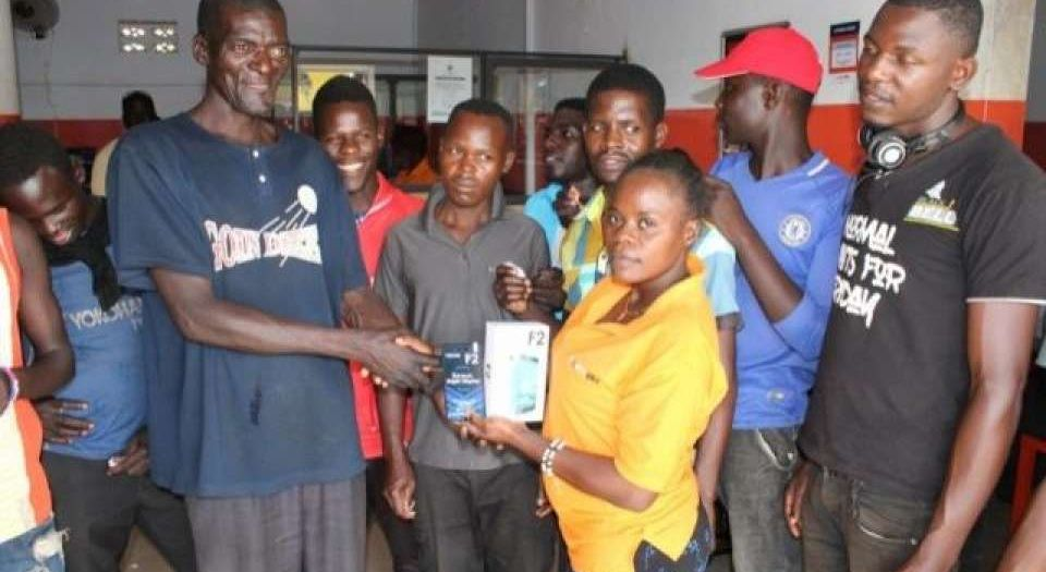 Fortebet Rewards Over 1000 Hoima, Masindi & Kapeeka Residents